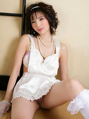 Yuuri Morishita Asian shows her sexy curves in white lingerie